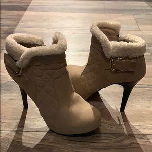 Shoes - Heels Women's size 8.5